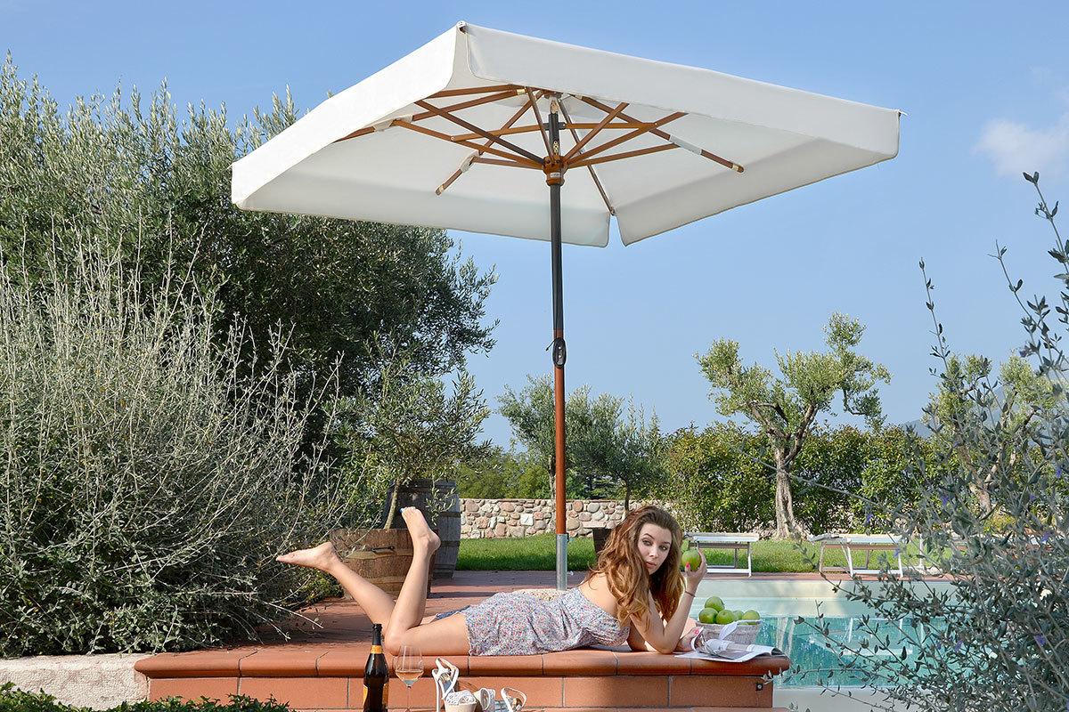il parco facility wood patio umbrella. Black Bedroom Furniture Sets. Home Design Ideas