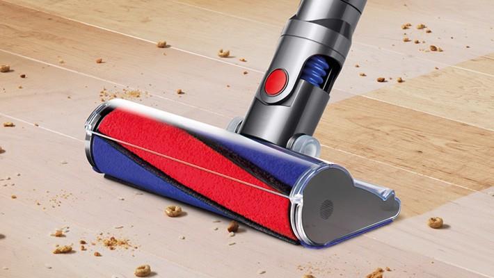 dyson v6 total clean vacuum cleaner. Black Bedroom Furniture Sets. Home Design Ideas