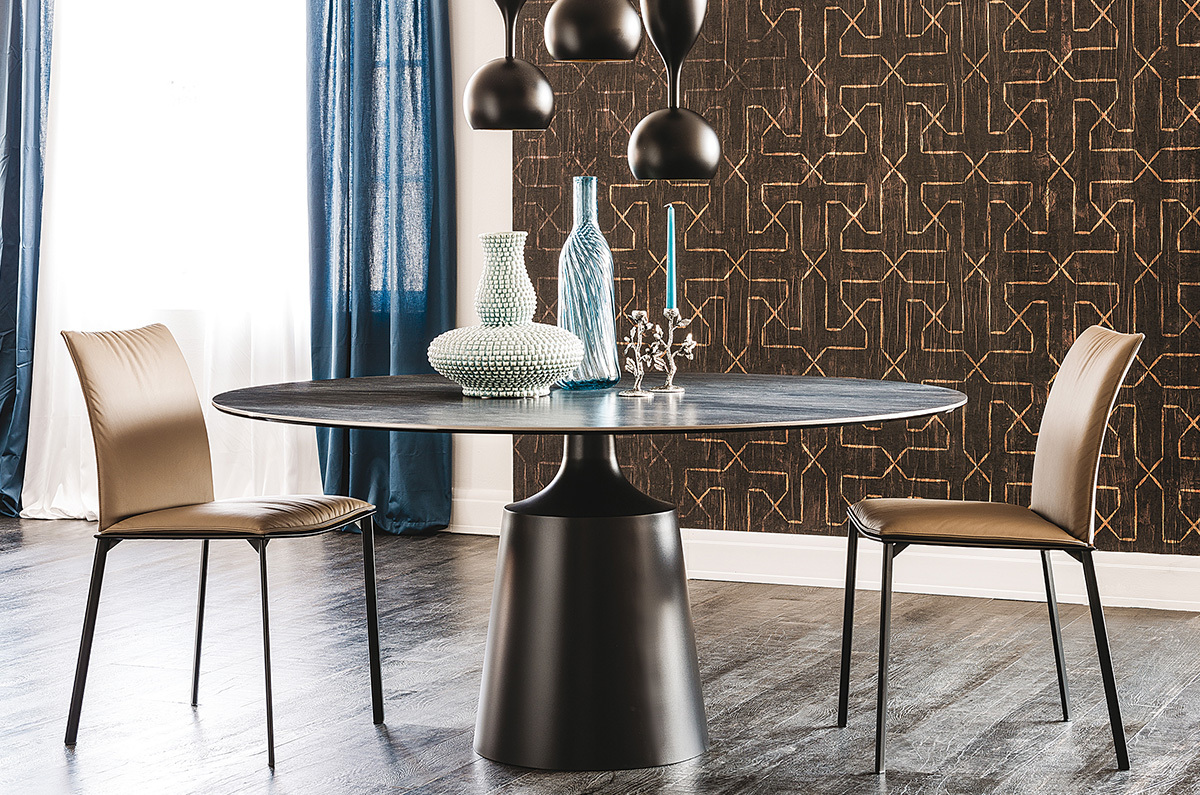 cattelan italia yoda keramik table. Black Bedroom Furniture Sets. Home Design Ideas