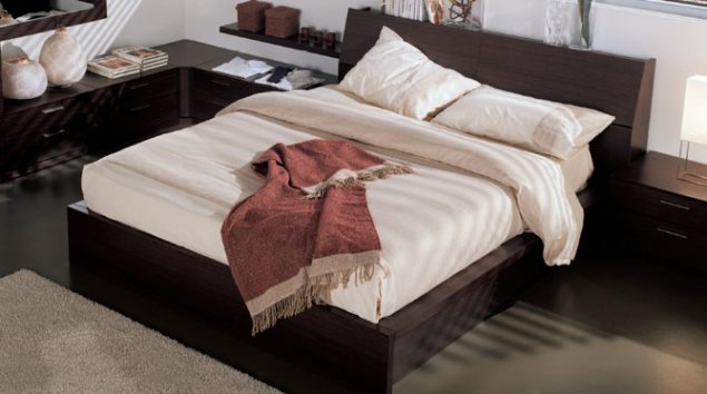 Cama Capri con armazón de la cama Plano estribo Box con somier ...