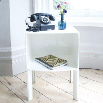 table de nuit kartell 5 kartell 3220 02 ukbix. Black Bedroom Furniture Sets. Home Design Ideas