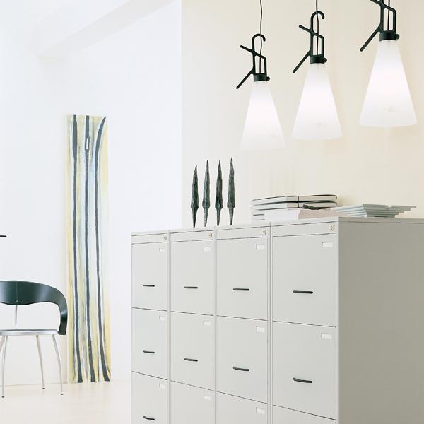 flos may day lampes au sol. Black Bedroom Furniture Sets. Home Design Ideas