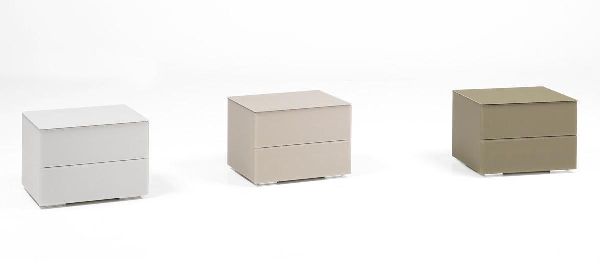 felver casa table de chevet king commodes et chevets. Black Bedroom Furniture Sets. Home Design Ideas