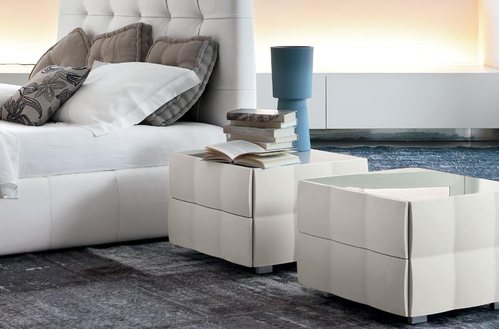 tonin casa table de chevet venice night 8256 commodes et chevets. Black Bedroom Furniture Sets. Home Design Ideas