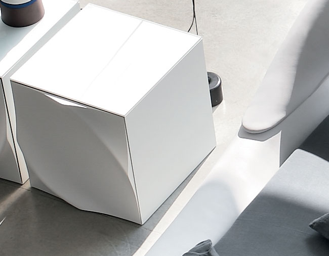 tonin casa table de chevet leaves night 8546 sx t8546 sx commodes et chevets. Black Bedroom Furniture Sets. Home Design Ideas