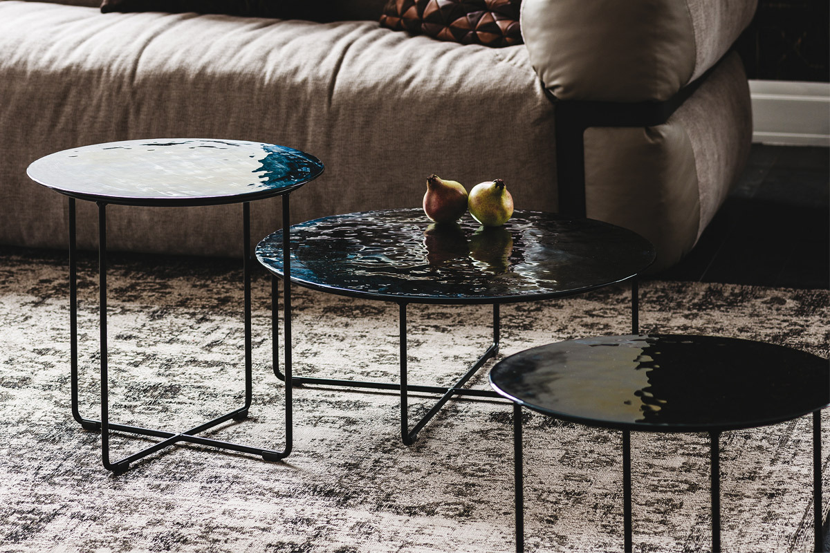cattelan italia vinyl tables basses. Black Bedroom Furniture Sets. Home Design Ideas