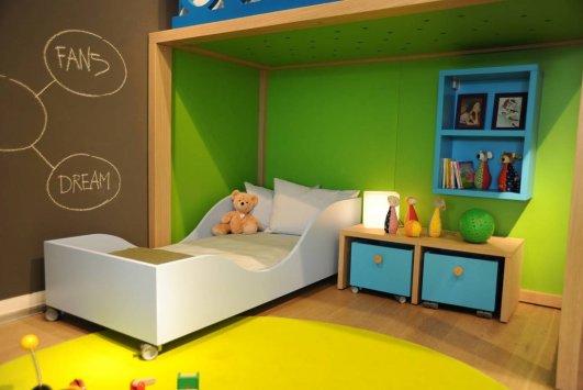 Camere montessori design casa creativa e mobili ispiratori - Letto montessori ...