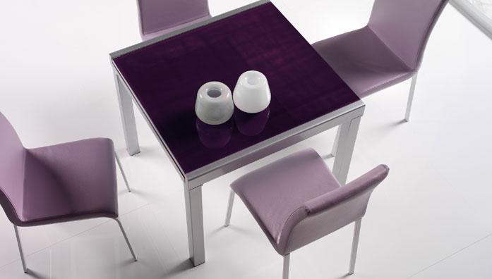 Tavolo vega 90 allungabile in metallo verniciato bianco o silver con