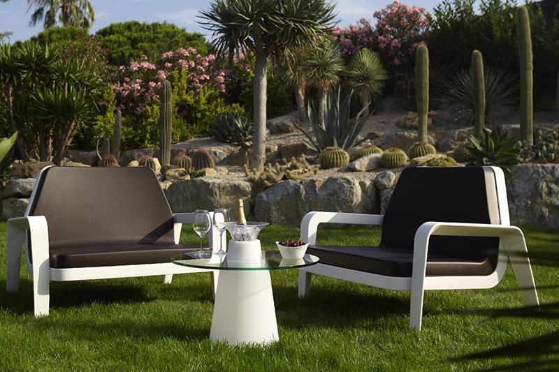 Slide peak low table tavolini da esterno for Tavolini da esterno